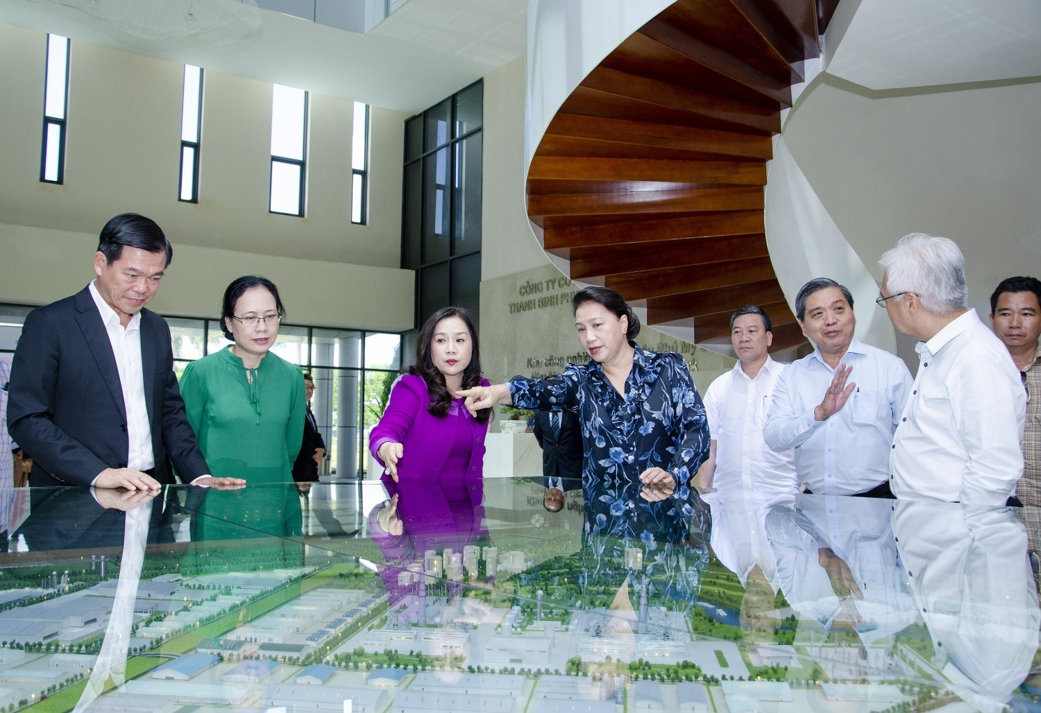 Chairwoman of the national assembly Nguyen Thi Kim Ngan worked with Thanh Binh Phu My JSC
